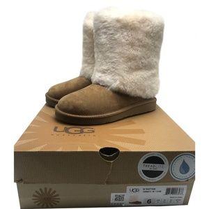 UGG Australia Women's  PATTEN Boots size: 6